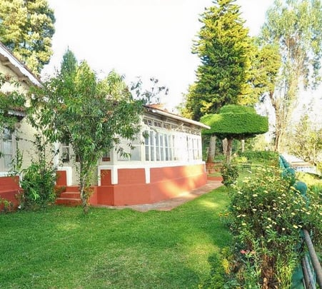 Heritage Bungalow Style Homestay, Ooty