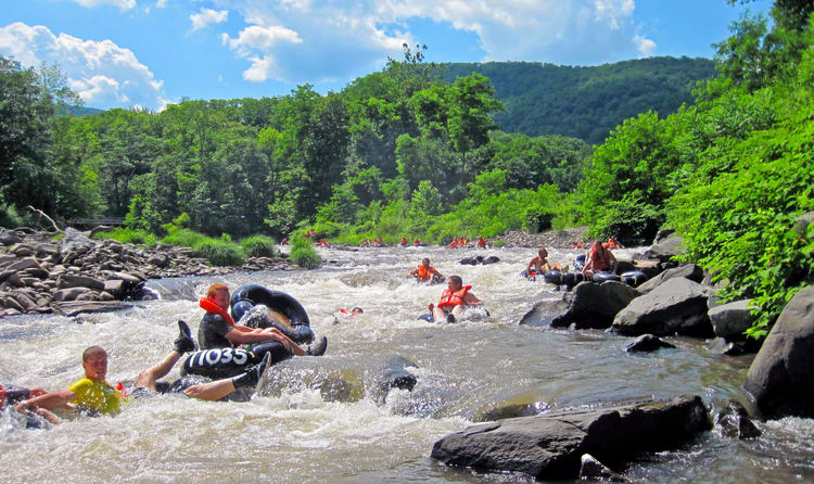 White Water Rafting On The Nam Song River