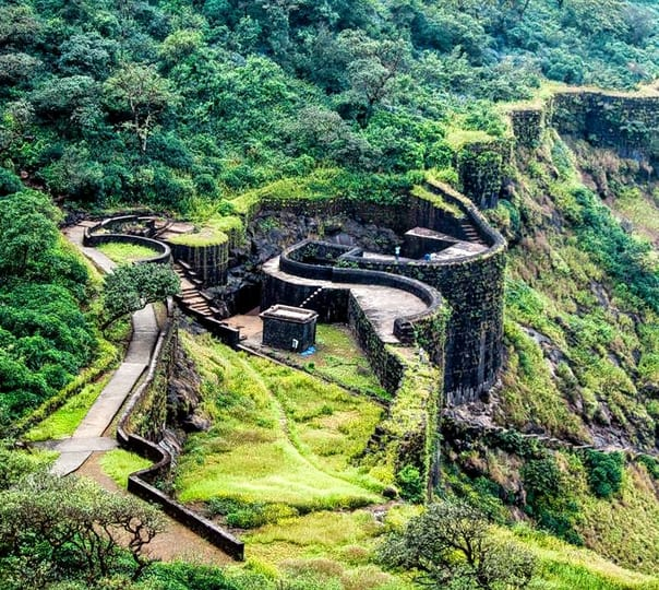One Day Trek to Raigad Fort , Maharashtra