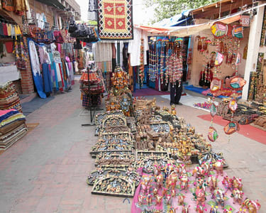 Half Day Delhi Shopping Tour - Flat 22% Off
