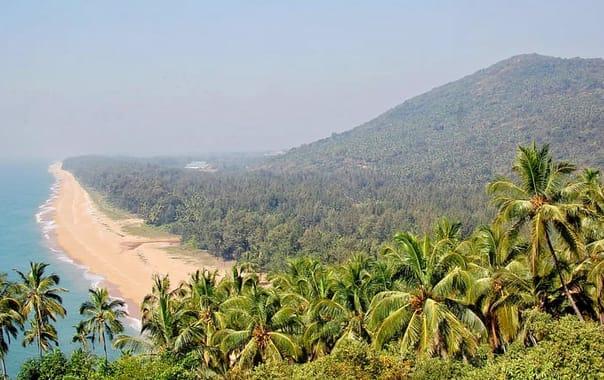 1550734232_1200px-ezhimala_beach.jpg.jpg
