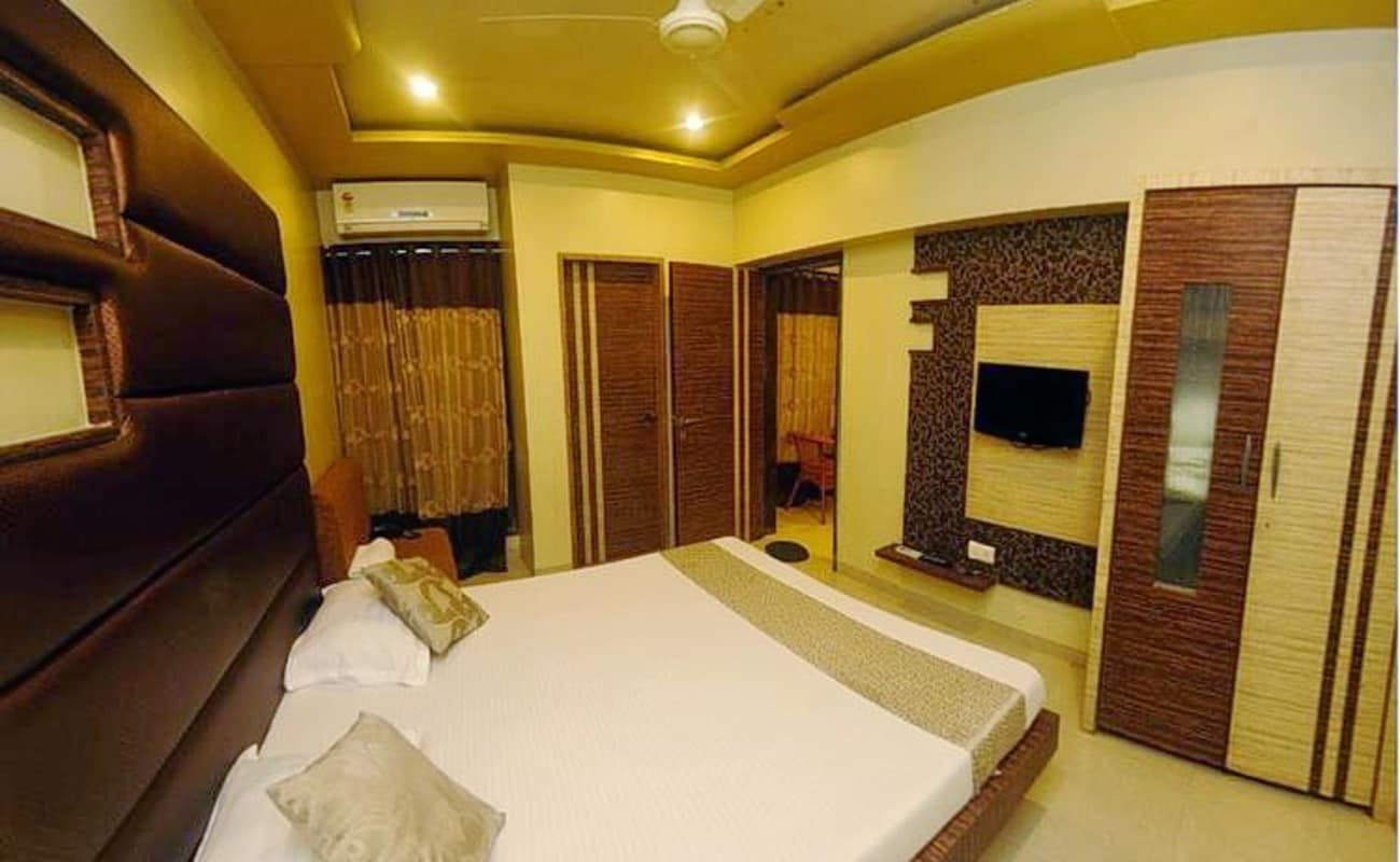 Luxury stay experience in lonavala thrillophilia for Luxury stays