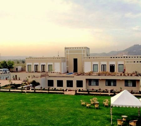Heritage Stay at Achrol Niwas in Jaipur