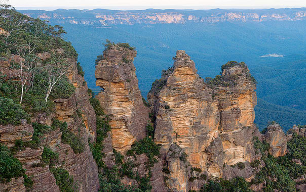 1481524519_1024px-blue_mountains_-_three_sisters.jpg