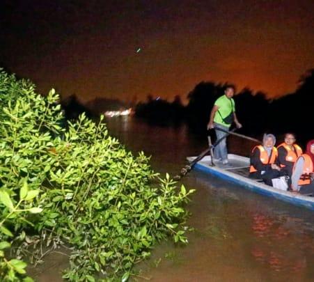 Fireflies Kuala Lumpur Private Night Tour Flat 20% off