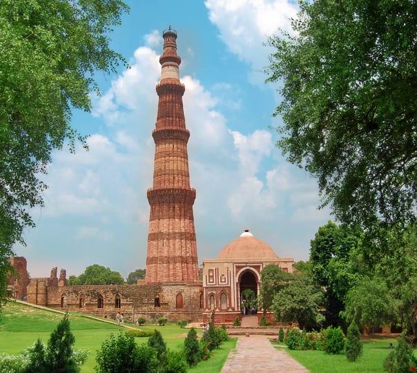 Delhi Historical Tour in a Private Car