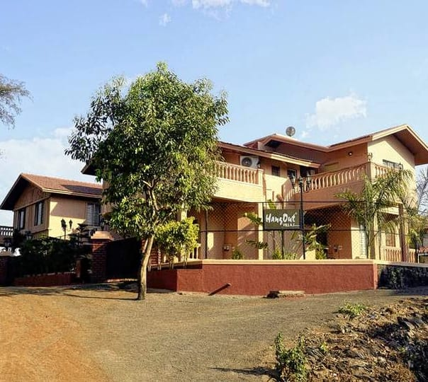 Luxurious Villa Stay in Lonavala