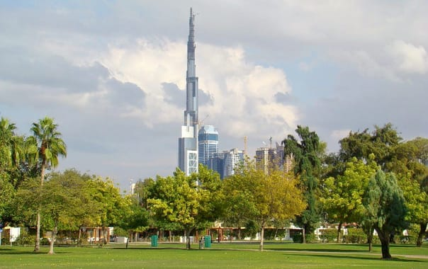 Dubai-tower-from-safa-park.jpg