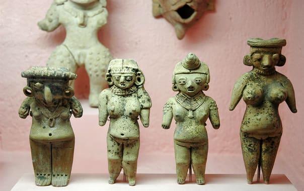 State-museum-of-tribal-and-folk-art-ixigo-1203x800.jpg