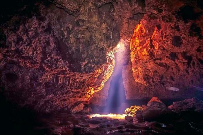 1586348551_caves.jpg