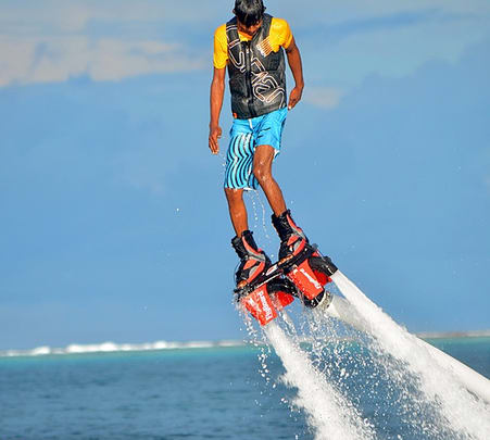 Wave Surfing in Maldives