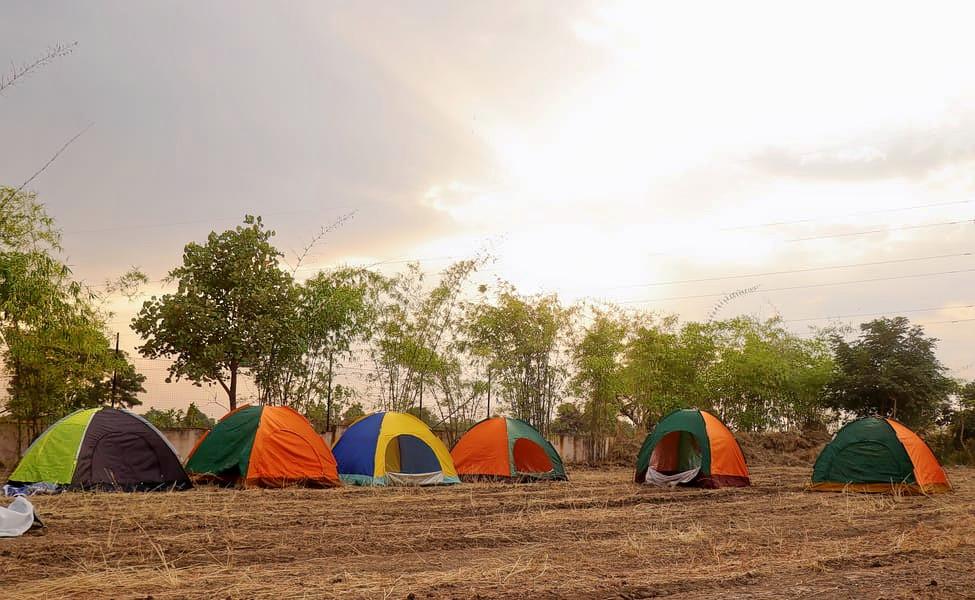 1585052841_camp2.png