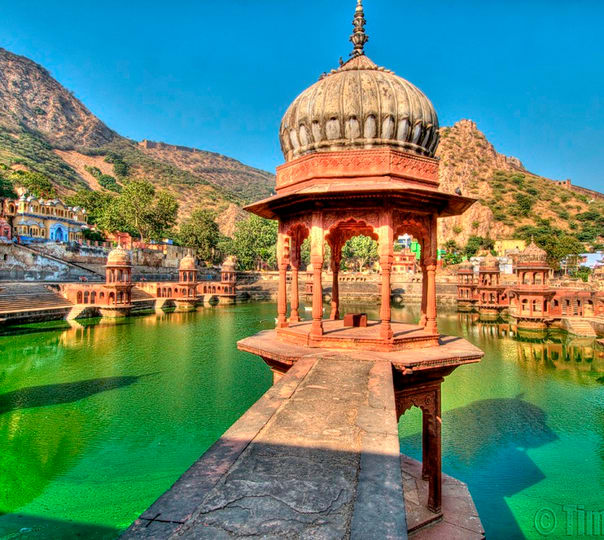 Hire a Guide in Alwar