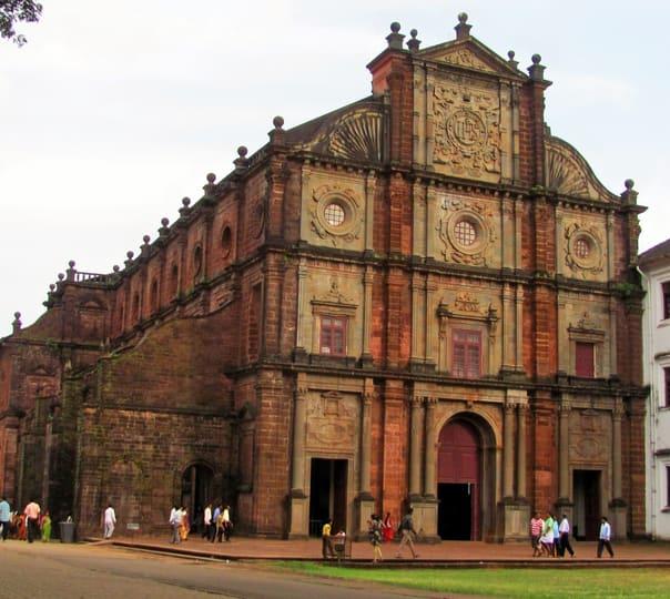 Sightseeing Tour through Old Goa and Dudhsagar Falls