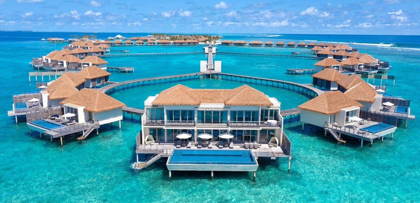 1634534424_radisson-blu-resort-maldives.jpg