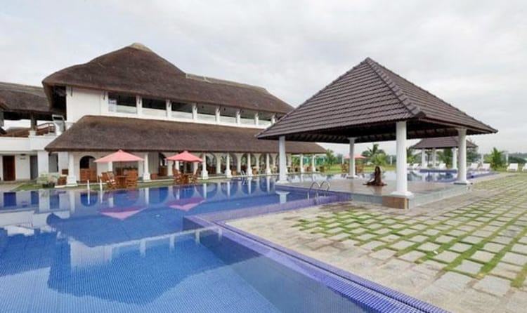 A Premium And Elegant Name In The List Of Beach Resorts Pondicherry Le Pondy Is Located Exactly At Confluence Point Chunnambar River
