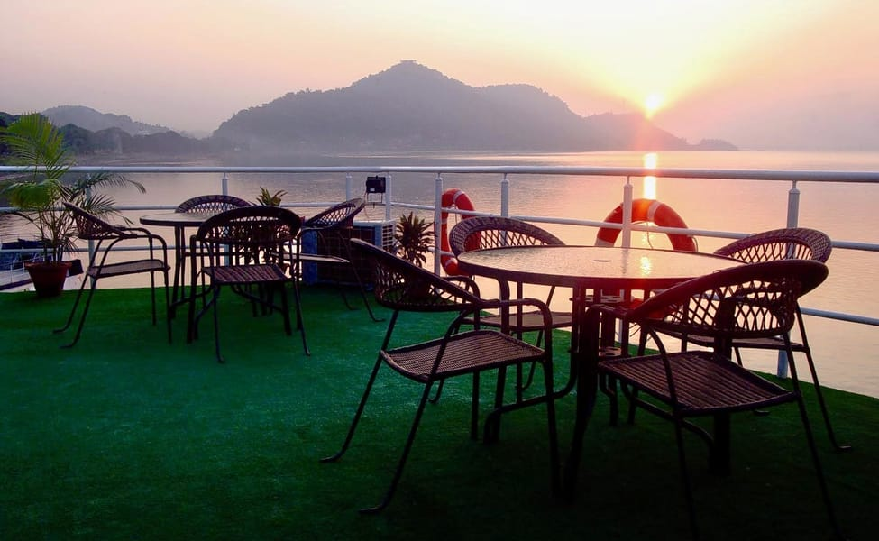 Dinner Cruise In Guwahati Thrillophilia