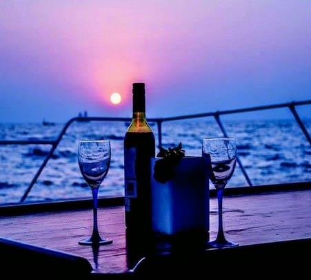 Champagne Breakfast Cruise in Goa