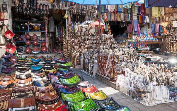 Sukawati-market.jpg