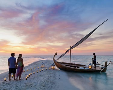 4 Nights Exotic Honeymoon Tour of Dubai Flat 30% off