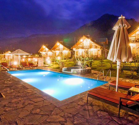 A Boutique Larisa Resort in Manali @ Flat 46% off