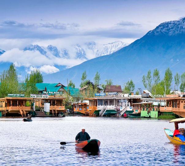 Women's Tour to Kashmir Valley