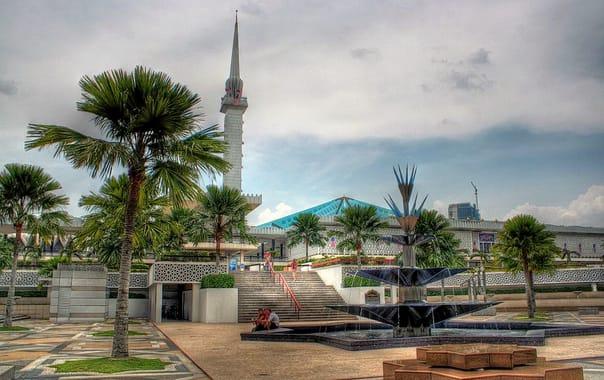1463645099_1024px-masjid_negara.jpg