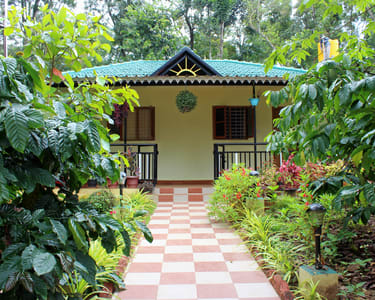 Homestay Facing Coffee Estate in Coorg Flat 20% off