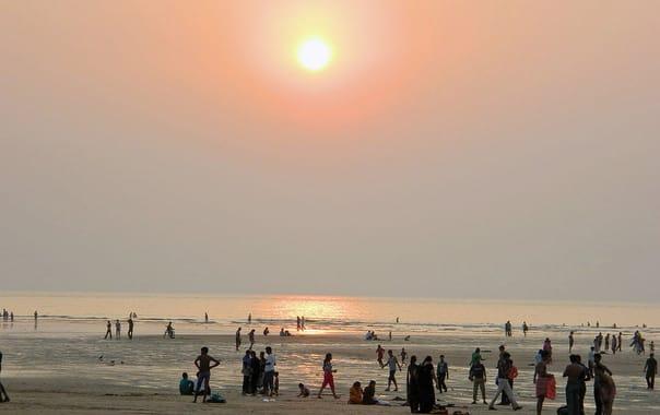 1524228686_marv%c3%a9_beach.jpg