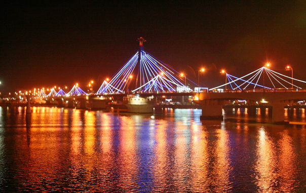 1467287208_han_river_bridge_apr08.jpg