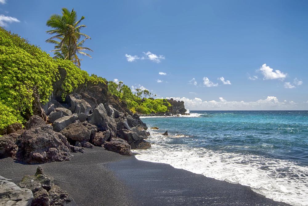 1597056700_black_sand_beach1.jpg