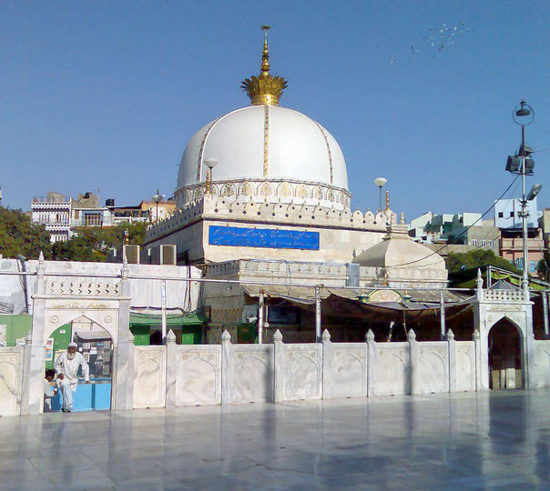 Full Day Sightseeing Tour of Pushkar and Ajmer