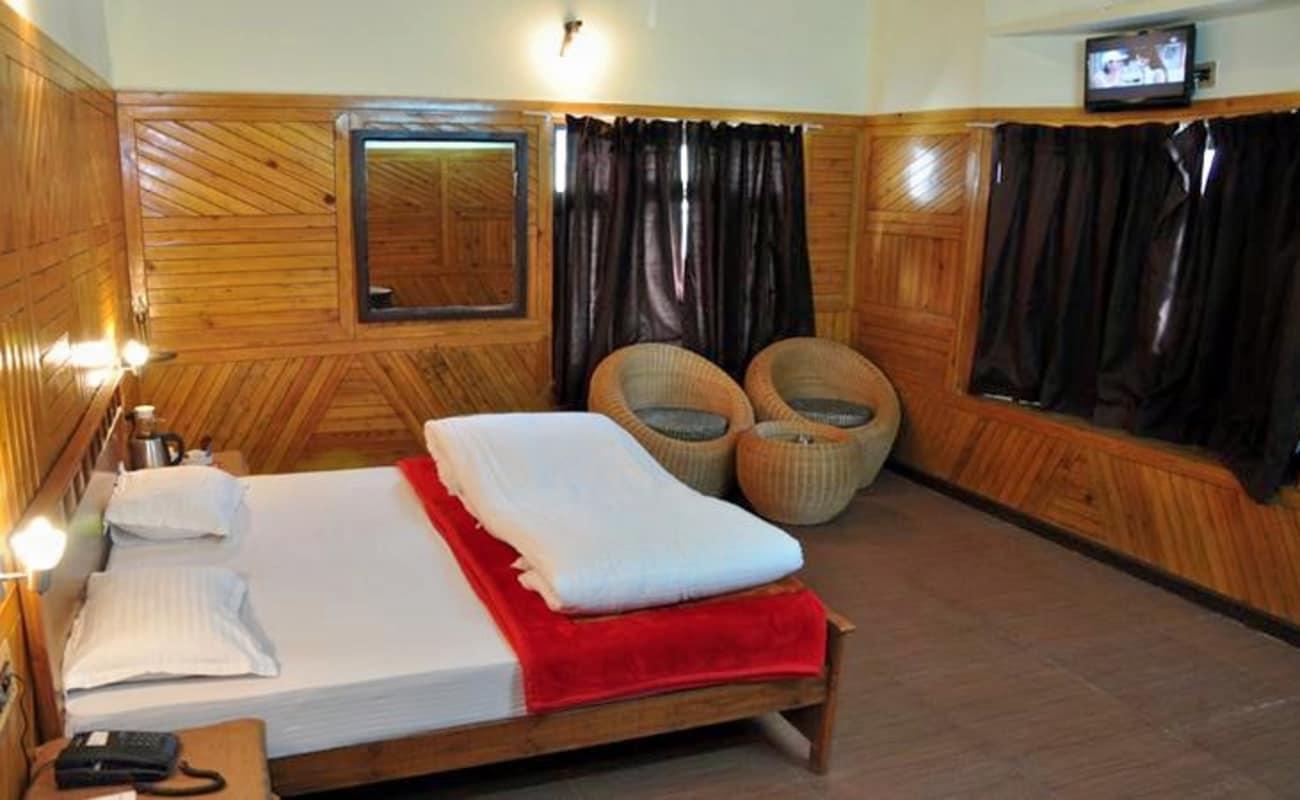 Luxury stay at ashoka s naini chalet resort pangot for Luxury stays