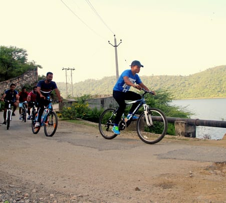 Rural Rumble Bicycle Tour in Udaipur, Rajasthan