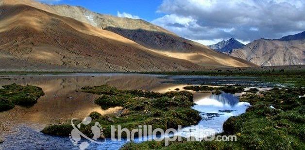 Parang_la_pass_trek__ladakh.jpg