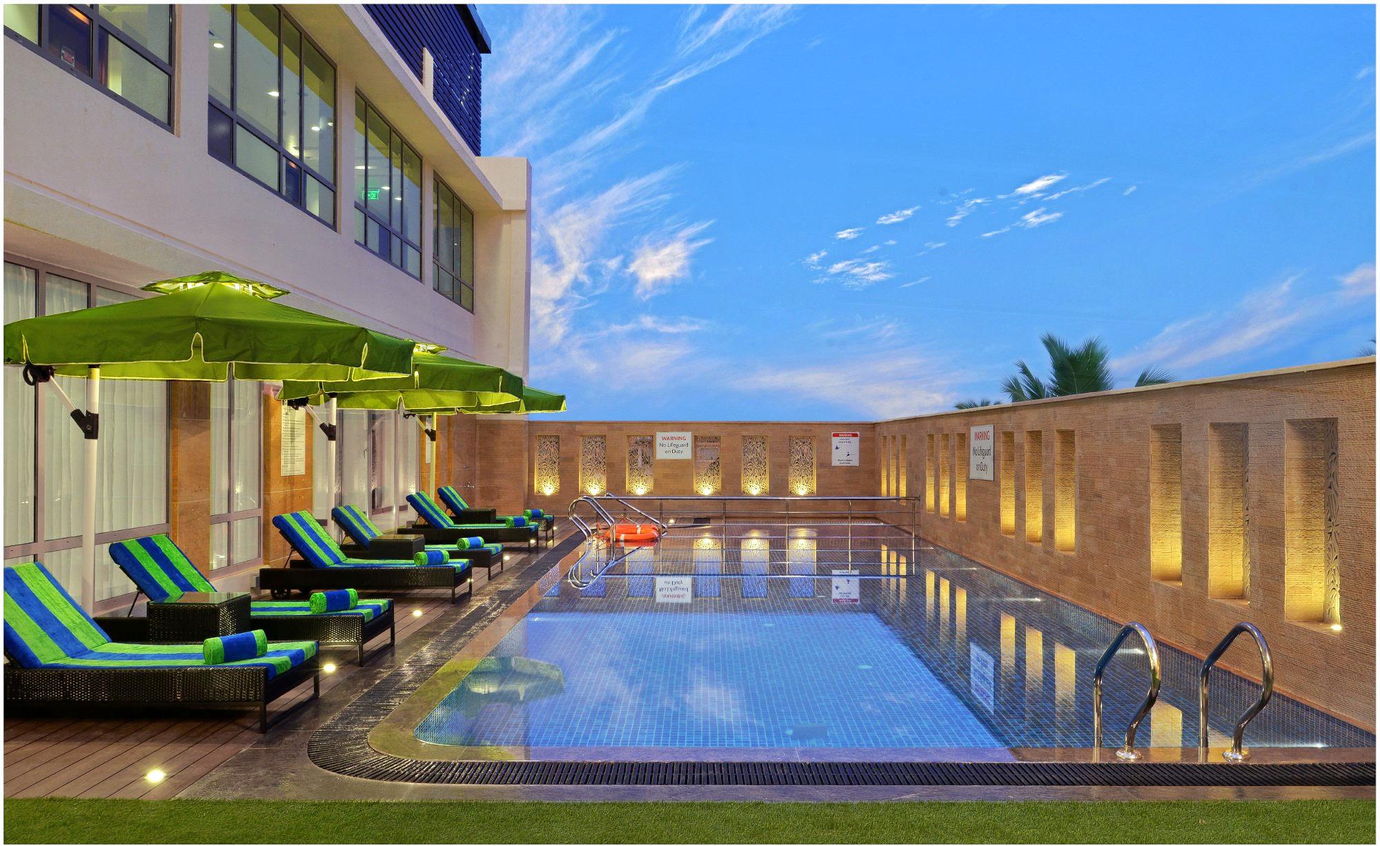 1596783947_swimming-pool.jpg