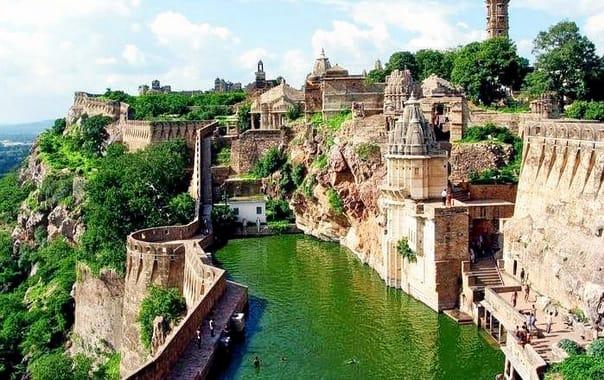 Chittorgarh_fort.jpg