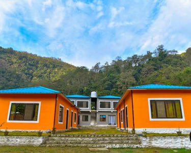Riverside Stay Experience in Rishikesh