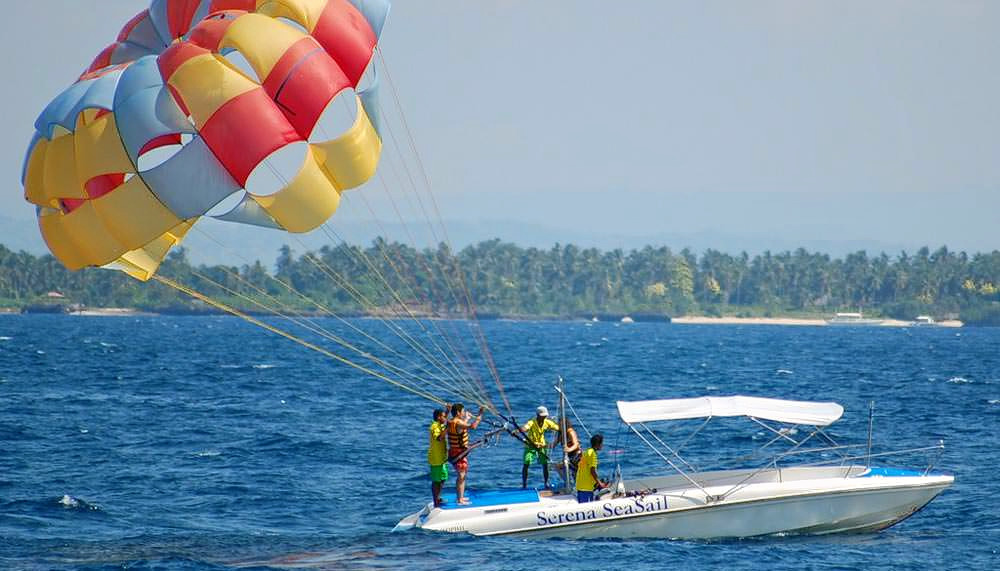 1488289035_parasailing-in-andaman-islands.jpg