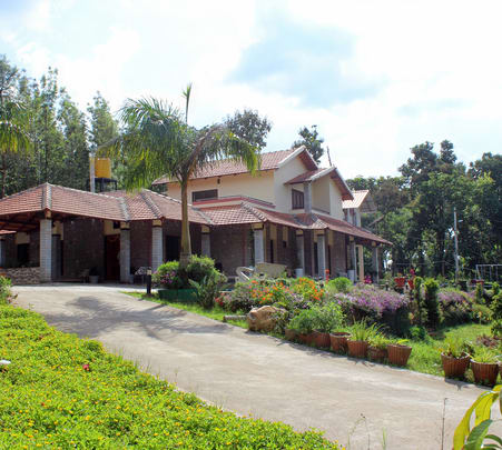 Bungalow Style Homestay in Chikmagalur