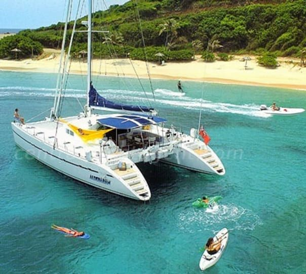 Private Tour in a Yacht in Goa