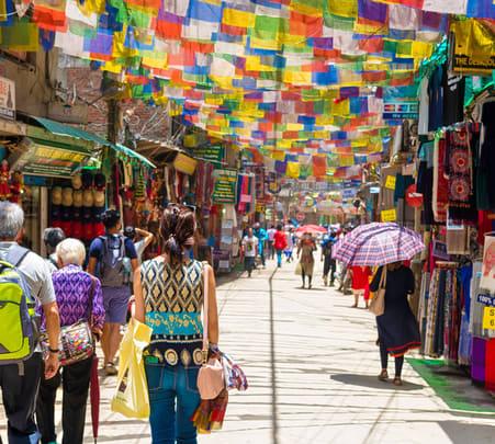 8 Days Nepal Holiday Tour: Kathmandu & Pokhara Spl