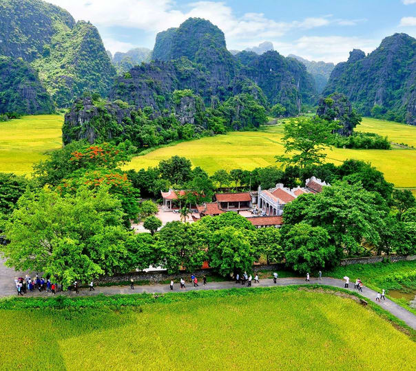 Cyclo, Biking and Cooking Tour in Vietnam