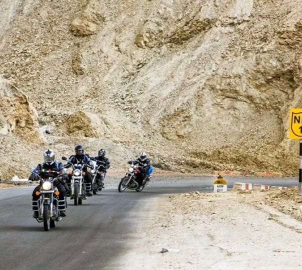 Ladakh Tour on Bike 2018