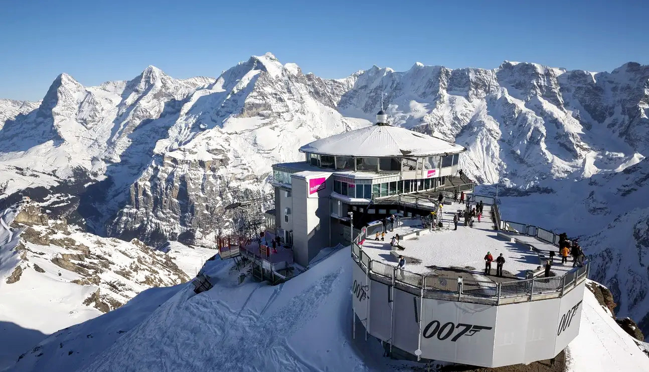 1578479269_schilthorn_round_trip_cable_car_ticket_klook_(4).png