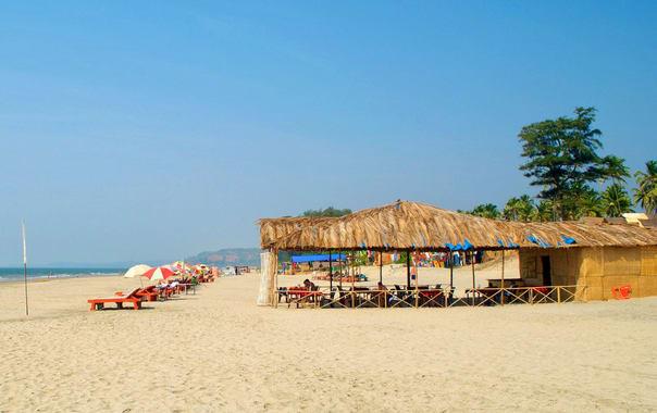 124294-mandrem-beach.jpg
