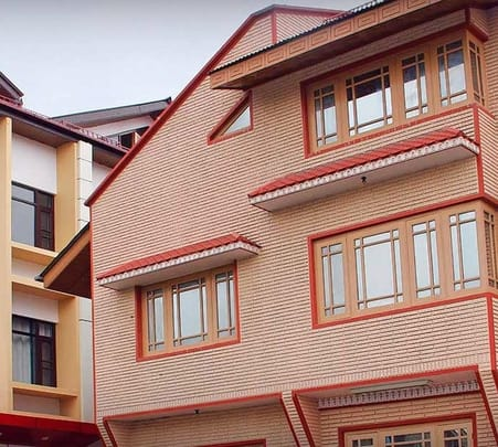 Resort Stay at Srinagar