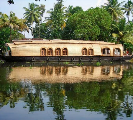 Overnight Stay in a House Boat and Sightseeing in Alleppey