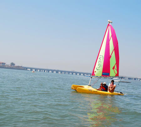 Sailing Experience in Mandwa Flat 15% off