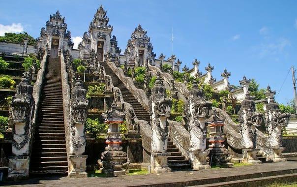 Bali_pura-luhur-lempuyang.jpg